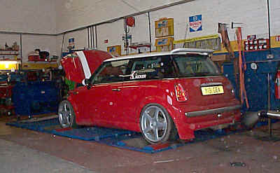 Autofashion MINI on the rollers